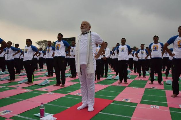 PM Modi participates in mass yoga demonstration on 2nd IYD 2016